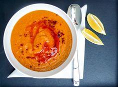 Rød linsesuppe (Kırmızı mercimek çorbası)
