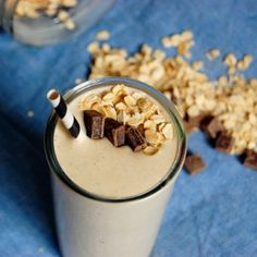 Oatmeal Breakfast Smoothie - Uproot from Oregon