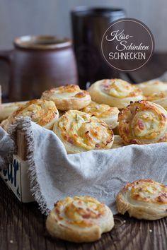 Käse-Schinken-Schnecken - Blätterteigschnecken mit Frischkäse-Schinken Käse-Lauch-Füllung