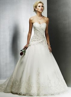Gorgeous Organza A-Line Sweetheart Strapless Wedding Dresse