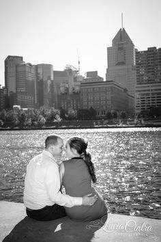 Engagement Session - Pittsburgh, PA  © Lucia Cintra Photography www.luciacintra.com
