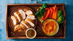 Pečená kuřecí prsa s cizrnovou kaší a římským salátem Thing 1, Tahini, Hummus, Poultry, French Toast, Turkey, Chicken, Breakfast, Food
