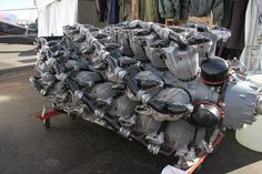 This looks like TWO Pratt & Whitney R-4360 Wasp Majors!: