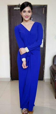 Cute Girl Poses, Senior Girl Poses, India Beauty, Asian Beauty, Indian Bridal Sarees, Krishna Art, Most Beautiful Indian Actress, Indian Models, Saree Styles
