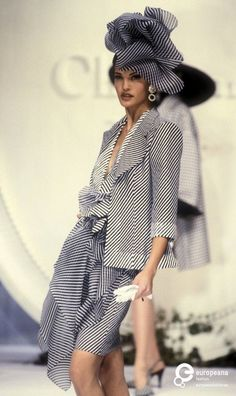 Image from object titled 'Christian Dior, Spring-Summer Couture' Fashion History, 90s Fashion, Retro Fashion, Love Fashion, Runway Fashion, High Fashion, Fashion Show, Vintage Fashion, Womens Fashion