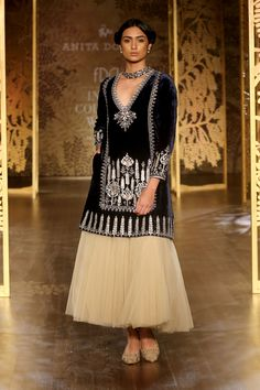 Shop from an exclusive range of luxurious wedding dresses & bridal wear by Anita Dongre. Bring home hand-embroidered wedding wear in colors inspired by nature. Indian Wedding Outfits, Pakistani Outfits, Indian Outfits, Indian Fashion Designers, Indian Designer Outfits, Embroidery Suits Design, Kurta Designs Women, Luxury Wedding Dress, Couture Week