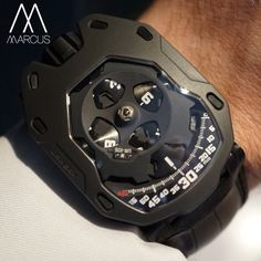 Urwerk UR-210 is the heart of Haute Horlogerie, satellite complication with flyback minute hands.