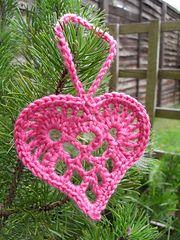 Ravelry: Scandinavian Heart Ornament pattern by Teresa Kasner
