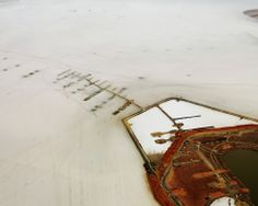 Edward Burtynsky. Silver Lake Operations Lake Lefroy, Western Australia, 2007