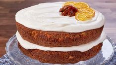 Topping with a classic cream cheese icing, this light and nutty carrot cake combines sweet with salty by incorporating pecans and pineapple. Baked Pork Ribs, Mary's Kitchen, Bourbon Sauce, English Kitchens, Oatmeal Raisin Cookies, Apple Butter, Vanilla Cake, Cheesecake, Sweets