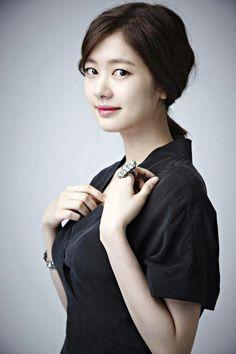 jung so min at DuckDuckGo Hwang Jung Eum, Jung So Min, Kids And Parenting, Daniel Wellington, Idol, Beauty, Beautiful, Korea, Chinese