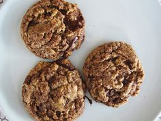 FLYING COOKIES adapted from Jose's Oatmeal Peanut Butter Chocolate Chip Cookies (Gourmet Mag)