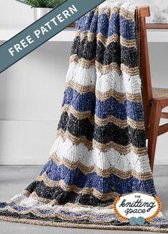Bring in an air of sophistication to your living space with this elegant knitted zig-zag blanket. Enjoy the multi-colored waves and the luxurious edges and share a piece as a gift to friends and family! | Discover over 4,500 free knitting patterns at theknittingspace.com #knitpatternsfree #beginnerknits #easyknittingpatterns All Free Knitting, Knitting For Beginners, Hand Knitting, Dishcloth Knitting Patterns, Knit Patterns, Knitted Blankets, Zig Zag, Knitting Projects, Free Pattern