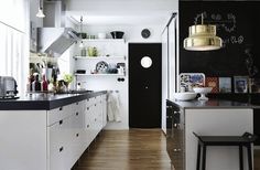 Simple Scandinavian-style Interior Design Ideas To Inspire You : Beautiful Scandinavian Galley Style Kitchen Interior With Black And White Color Scheme Also Wooden Floor Also Black Bar Stools Along With White Kitchen Cabinets Scandinavian Style, Modern Scandinavian Interior, Scandinavian Kitchen, Modern Decor, Danish Interior, Swedish Style, Minimalist Scandinavian, Swedish Design, Scandi Style