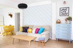 בגוף ראשון: המעצבת שהפכה בית סוכנות ישן לבית צבעוני   בניין ודיור