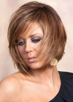 spice up your look with these trendy short layered haircuts which will make heads turn and necks bend everywhere you go. The best short layered haircuts for women Shaggy Short Hair, Short Shag Hairstyles, Short Layered Haircuts, Haircut For Thick Hair, Hairstyles Haircuts, Layered Hairstyles, Bob Haircuts, Haircut Medium, Hairstyles Pictures