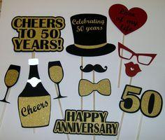 50th Anniversary Photo Prop / Golden Anniversary/ Cheers / Champaigne (2172D)