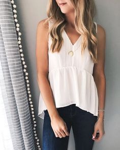 Casual Summer Fashion Style. Very Light and Fresh Look. The Best of fashion in 2017.