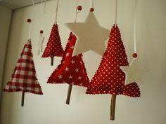 Kleine Weihnachtsbäume und Sterne, Weihnachtsdeko / christmas decoration, little christmas trees and stars by Steinhoff-Design via DaWanda.com