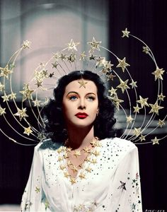 Ziegfeld Girls, 1941 Costume design: Adrian white gown with embroidered sequin stars and silver star headpiece - worn by Hedy Lamarr in the role of Sandra Kolter Vintage Beauty, Vintage Fashion, Gothic Fashion, 1930s Fashion, Steampunk Fashion, Victorian Fashion, Fashion Fashion, Fashion Beauty, Fashion Dresses
