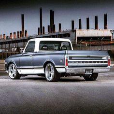 old trucks chevy Vintage Chevy Trucks, 67 72 Chevy Truck, Custom Chevy Trucks, C10 Trucks, Lifted Chevy Trucks, Classic Chevy Trucks, Chevy C10, Chevy Pickups, Chevrolet Trucks