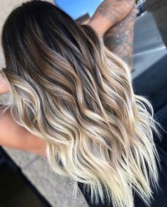Balayage and ombre hair. Hair Color Ideas & Trends for Hairstyles hair ideas. Balayage and ombre hair. Hair Color Ideas & Trends for Stylish and attractive. Cabelo Ombre Hair, Long Ombre Hair, How To Ombre Your Hair, Natural Ombre Hair, Short Ombre, Natural Hair Colour, Hair For You, Ombre Hair Dye, Best Ombre Hair
