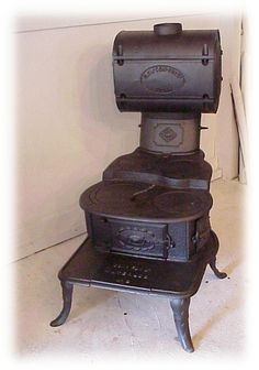 Antique Stoves, Stoves From Museum Quality, History of stoves in America, Wood Burning Cook Stove, Wood Burning Heaters, Wood Stove Cooking, Kitchen Stove, Cooking Pork, Antique Wood Stove, How To Antique Wood, Cooking Classes Nyc, Old Stove