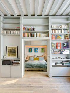 Boekenkast op maat als scheidingswand