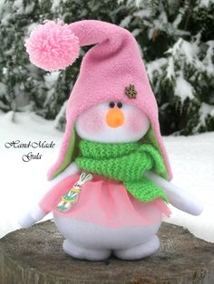 ideas gifts teacher christmas holidays for 2019 Christmas Makes, Pink Christmas, Christmas Snowman, Christmas Holidays, Christmas Crafts, Christmas Ornaments, Sock Snowman, Cute Snowman, Snowman Crafts