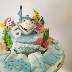 Shark cake topper