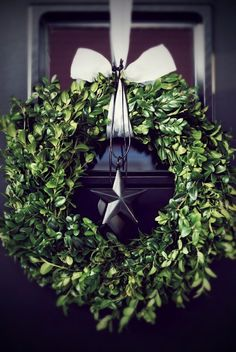 From the garden - natural boxwood Christmas wreath
