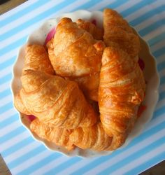 100 Calorie Crescent Rolls - 5 Tsp Dry Yest 1/2 Cup Warm Water 6 Cups Whole Wheat Flour 1/4 Cup Sugar 1/4 Cup Baking Stevia 1/2 Avocado 2 Tbsp Canola Oil 1 Tsp Potassium Salt 1 Cup Chobani Greek Yogurt 1 Large Egg Cooking Spray Directions: