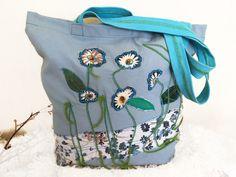 Blue canvas bag, Canvas shoulder bag, Long-handled boho bag, Daisy flower, mother gift, unique gift option, pocket beach bag, shopping bag