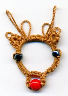 Tatting and not a lot else!: Face of a reindeer!
