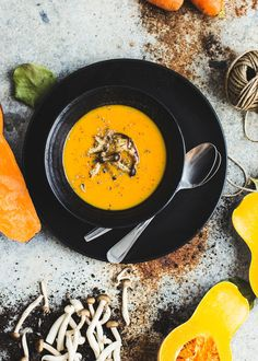 Pumpking miso soup/Condospalillos Brunch Bar, Whats For Lunch, Miso Soup, Japanese Candy, Healthy Cooking, Bento, Asian Recipes, Sushi, Food Photography