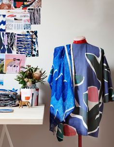 The Fitzroy studio of textile designer Cassie Byrnes. Photo – Eve Wilson for The Design Files. The impressive work of young Melbourne textile designer Cassie Byrnes. Textiles, Textile Patterns, Textile Prints, Textile Design, Fabric Design, Print Design, Print Patterns, Design Design, Blogging