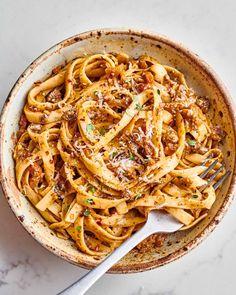 Fettuccine Recipes, Fettuccine Pasta, Pasta Recipes, Dinner Recipes, Mozzarella, Mushroom Bolognese, Vegetarian Recipes, Cooking Recipes, Vegetarian Dinners