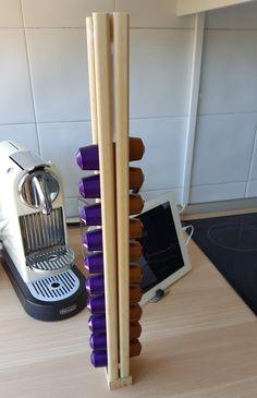 Organizador capsulas nespresso: 0,8€ ripa de madeira cantos arredondados + 1€ ripa de madeira 13x32x2400