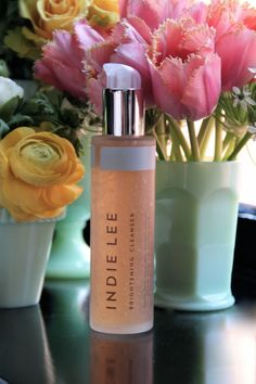 How beautiful are these flowers alongside our Brightening Cleanser?