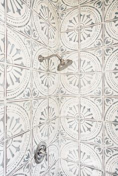 gorgeous tiled shower
