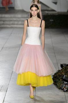 Carolina Herrera, Spring 2018 - The Most Beautiful Dresses on the Runway at NYFW - Photos