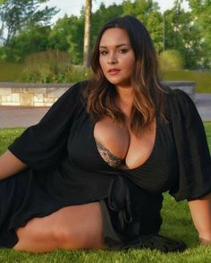 Plus Size Lingerie, Plus Size Swimwear, Curvy Outfits, Sexy Outfits, Thick Girl Fashion, Dangerous Woman, Voluptuous Women, Big And Beautiful, Beautiful Women