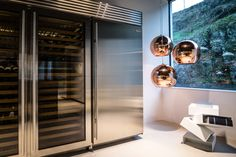 Martin Steininger says that every material has its own personality. Trends Magazine, Making Waves, Kitchen Trends, Showroom, Kitchen Design, Personality, Minimalist, Design Ideas, Architecture