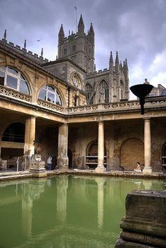 Roman baths, Bath, England - UNESCO World Heritage Site.  Photo: mariusz kluzniak, via Flickr