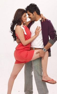 Kajal Agarwal Hot Stills Pics Images From All in All Azhagu Raja Movie