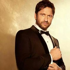"Gerard Butler for Hugo Boss ""Boss Bottled"" - the perfect gift for The Man Of Today"