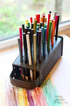 Cute storage for a few colored pencils....I have too many to store this way!