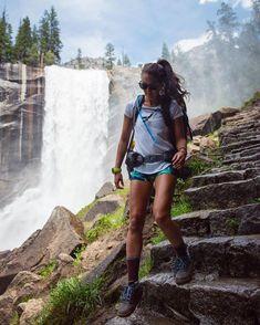 "841830fff8b Chelsea Y.✨🌊 Hawaii + Travel on Instagram  ""My 14 miles down"