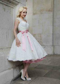 Short dress pink petticoat