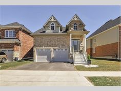 691 Linden Drive, Cambridge, ON Canada Dark Cabinets, Stainless Steel Appliances, Eat In Kitchen, Home List, Cambridge, Bungalow, Hardwood Floors, Canada, Mansions